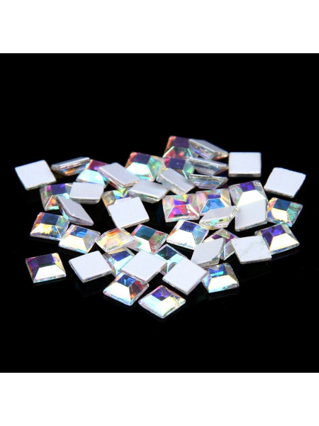 Стразы для ногтей квадрат 2мм. Crystal AB 10шт.